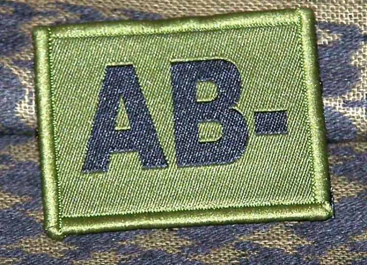 ID Patch Bloodgroup OD Green / Desert with Velcro AB Neg